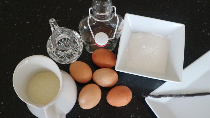 lahodný vaječný likér
