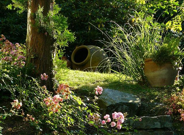doplňky v zahradě